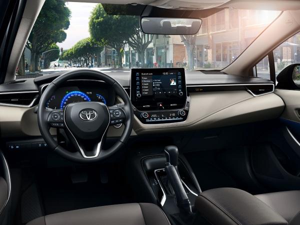 Toyota Corolla фото